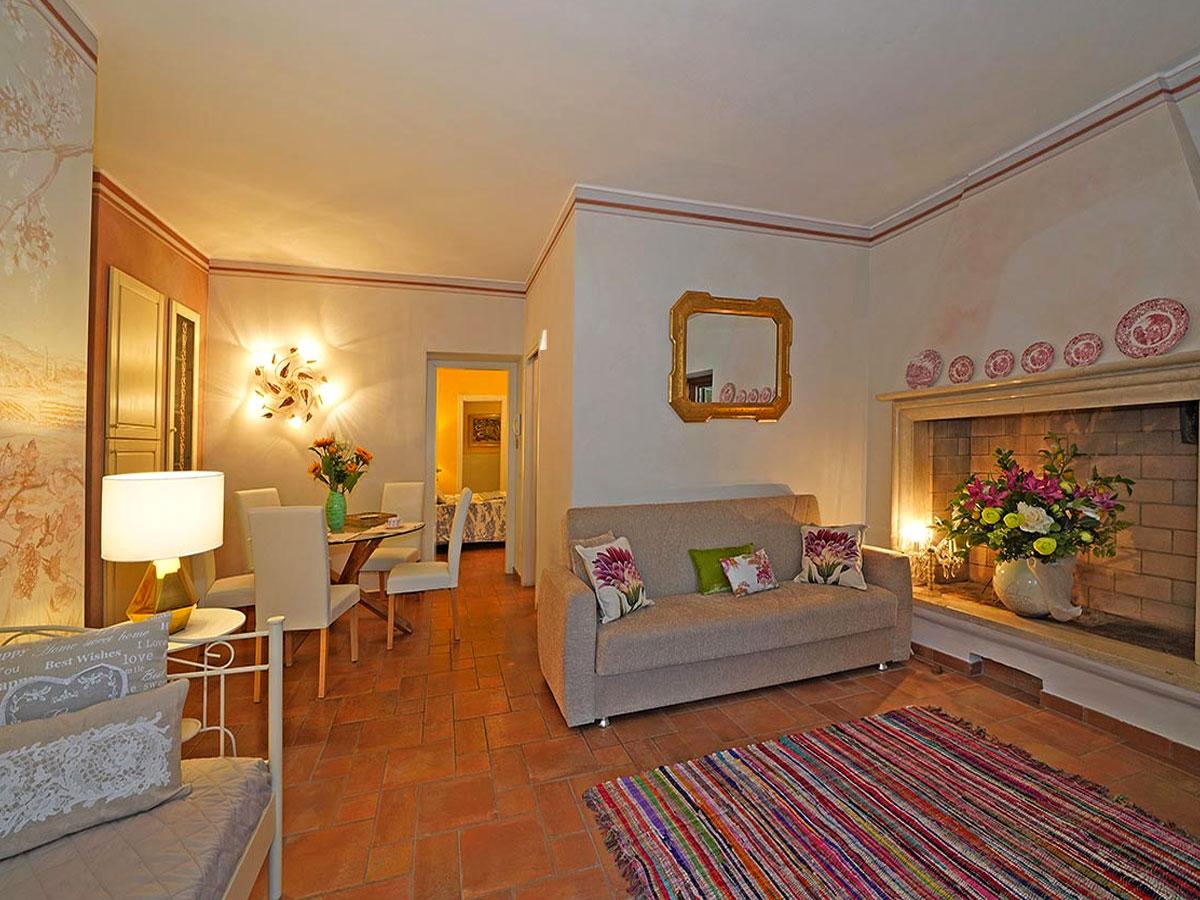 large-sized holiday apartment Desenzano